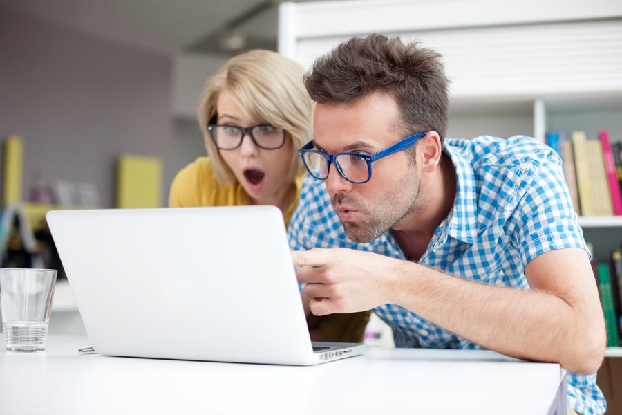 чтение отзывов в интернете
